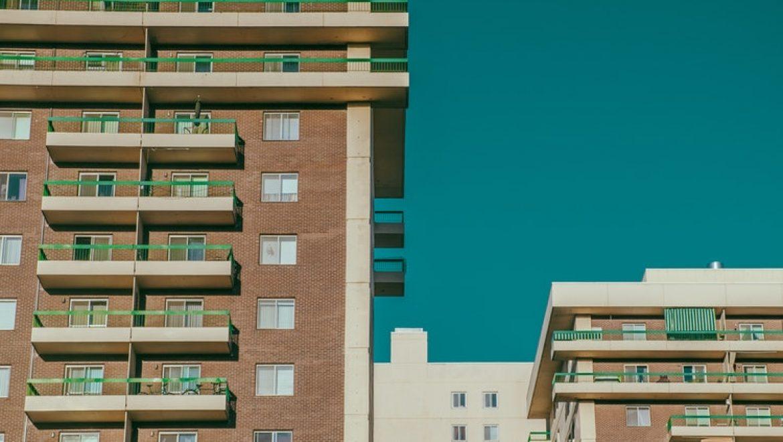 המפקחת על הבתים המשותפים –  תביעה לצו הריסה בניה ופגיעה ברכוש משותף – פסק דין עורך דין ונוטריון אופיר יצחקי